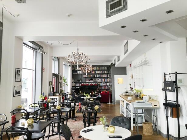 Hotellet Duxiana har en deilig frokostbuffé med blant annet vafler. FOTO: Dorte Mosbæk