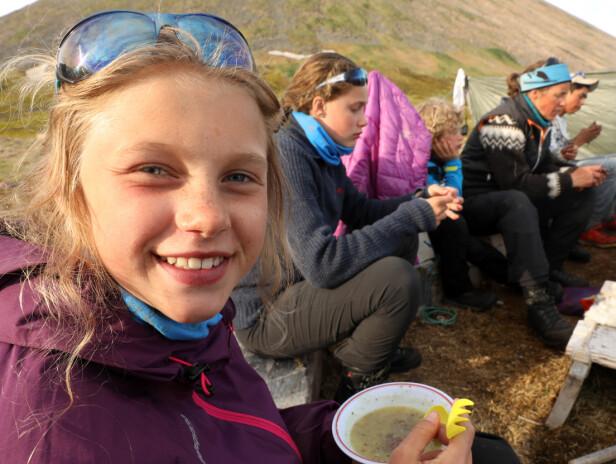SPORTY FAMILIE: Tidligere har vi blitt kjent med familien Krempig fra ulike turer gjennom Norge, Alaska og Svalbard - gjennom TV-serien Villmarksbarna som har gått på NRK Super i fire sesonger. FOTO: TMM Produksjon / Storytelling Media