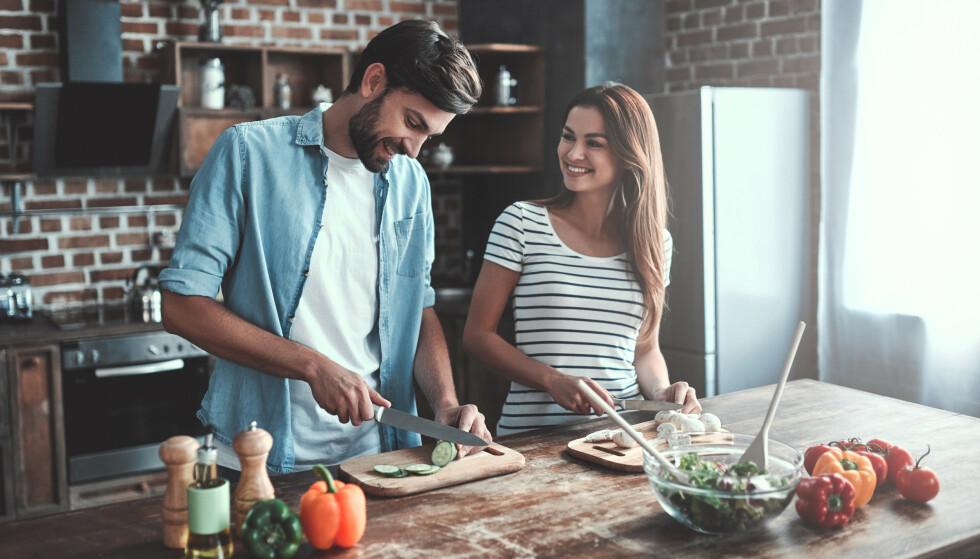 FEM OM DAGEN: Du gjør mye for helsa di om du sørger for å spise nok frukt, grønt og bær, Foto: Scanpix.