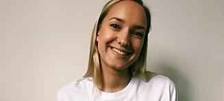 Andrea (25) slet med angst på grunn av stamming