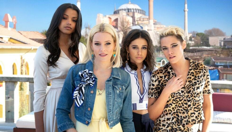 NY GJENG: Ella Balinska, Elizabeth Banks, Naomi Scott og Kristen Stewart. Foto: Filmweb
