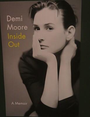 Demi Moore signerer bøker på et arrangement i New York. FOTO: Rick Davis / SplashNews.com Splash News and Pictures Los Angeles