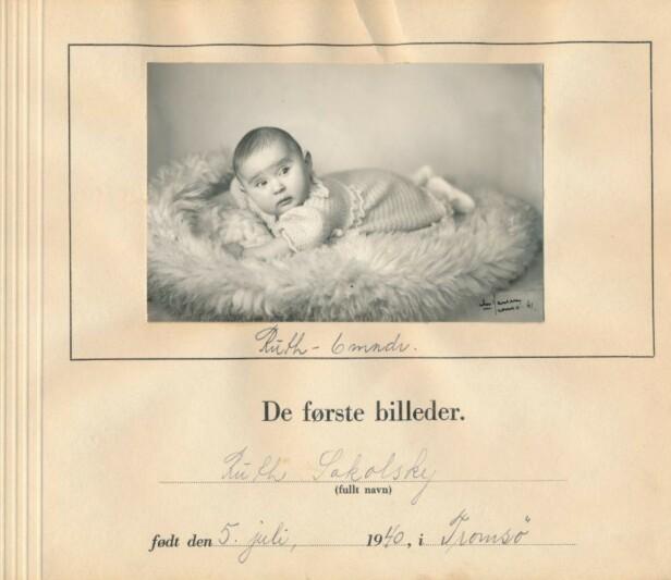 SYMBOLSK: Det er et under at ikke Ruths barnealbum ble destruert under krigen - slik som mange lignende fotoalbum ble. FOTO: Jødisk Museum