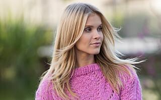 Rosa sløyfe-genser i myk alpakka
