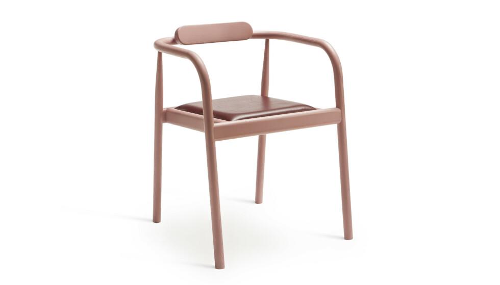 Finn din drømmestol og spar til den – denne er, som produsentnavnet tilsier, verdt å vente på. AHM-stol med flettet sete (kr 6295, Please Wait to be Seated). FOTO: Produsenten