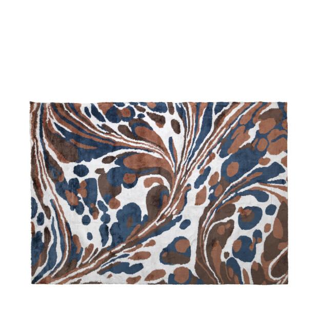 «Tjalfe» i mønstet bomull, 140×200 cm, kr 3250, Broste Copenhagen). FOTO: Produsenten