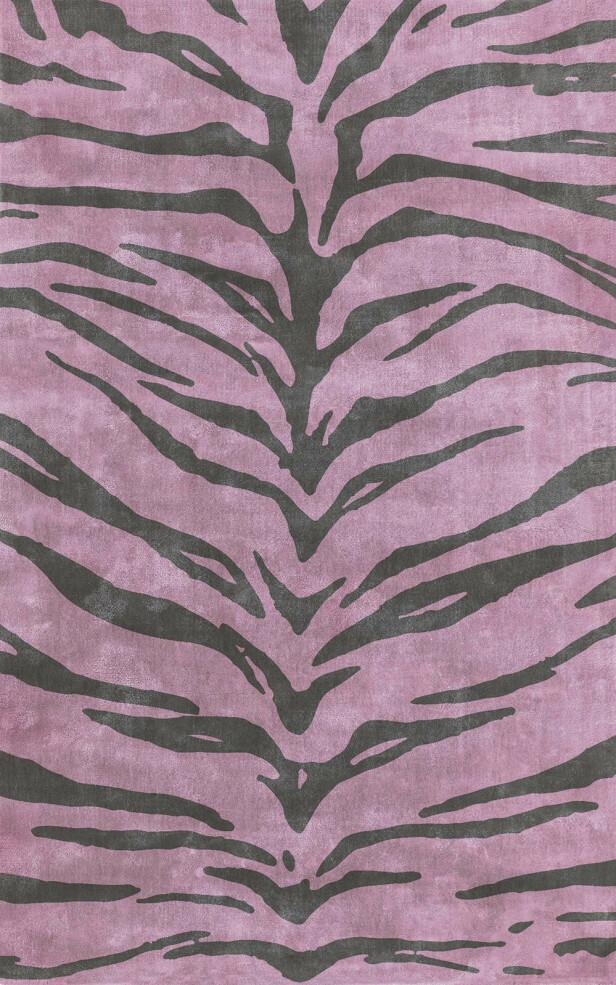 «Shera rose» i viskose, 160×250 cm (kr 8900, Layered). FOTO: Produsenten