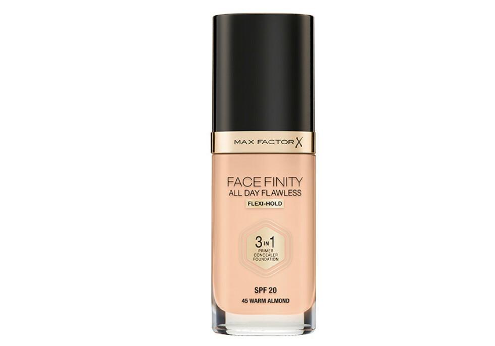 Facefinity All Day Flawless 3 in 1 Foundation, er ikke bare foundation men også primer og concealer! Produktet gir en delikat matt finish, høy dekkevne og langvarig hold, samtidig som den føles lett på huden!