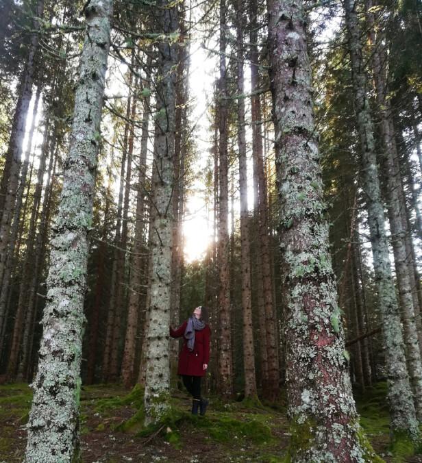 NORSK NATUR: Sandra setter pris på den norske naturen, som skiller seg fra den spanske. FOTO: Privat.