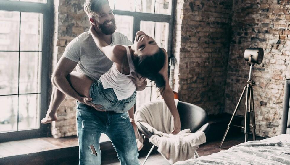 ALFAHANN: - Selv om vi lever i 2019 så sier det «pling» hos en kvinne når hun opplever en «mannemann», sier Schmidt. Foto: Scanpix.