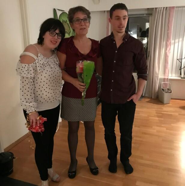 MED BARNA: Her er Torill sammen med datteren Helene og sønnen Dan. FOTO: Privat