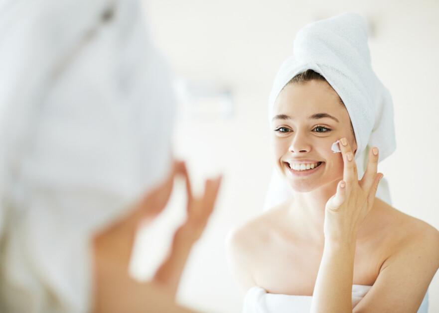 SUNN HUD: En hud med glød blir ofte forbundet med sunn hud - og det stemmer ganske bra, sier ekspert. FOTO: NTB Scanpix