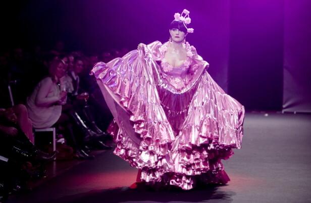 PÅ CATWALKEN: Christine Koht åpnet Oslo Fashion Week i 2011. FOTO: NTB scanpix