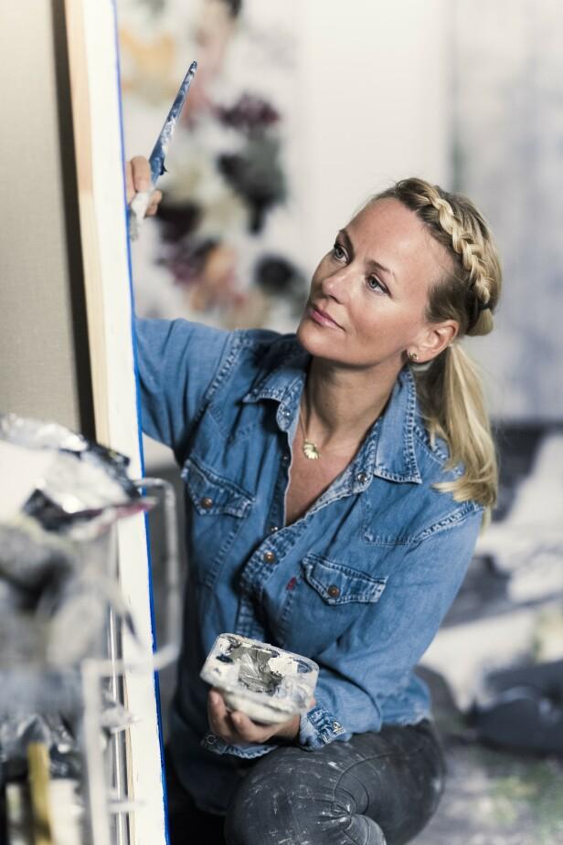 Når billedkunstneren Cathrine Knudsen ser tilbake på modelljobbene i dag, føles det nærmest som om det er et annet liv. FOTO: Astrid Waller