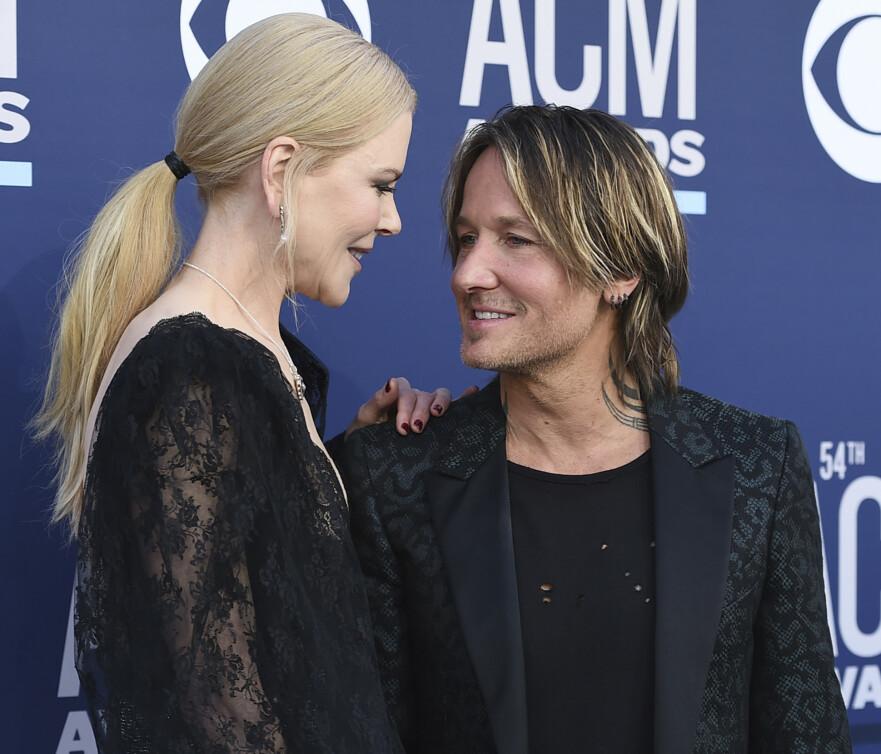 HUN ER HØYEST: Nicole Kidman og Keith Urban lever så vidt vi vet godt med høydeforskjellen. FOTO: NTB Scanpix