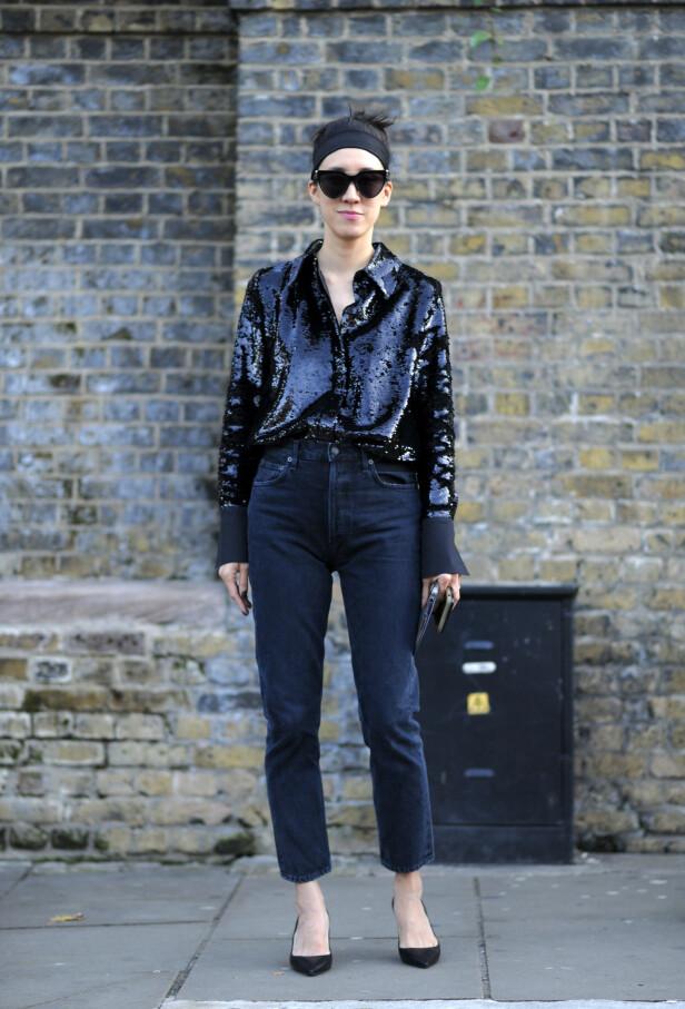 SÅ KULT: Paljettoppen gjør seg svært godt sammen med jeans. Foto: NTB Scanpix
