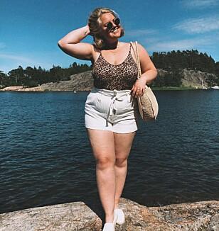 <strong>GÅR GJERNE I SHORTS:</strong> Johanna er gjennom Instagram et forbilde for mange kvinner som gjemmer kroppen sin i sommermånedene. FOTO: Privat