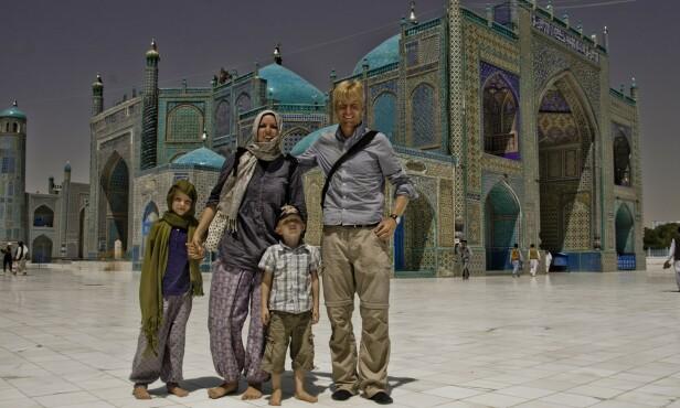 AFGHANISTAN: Barnefamilien har blant annet besøkt Afghanistan, et land som Utenriksdepartementet per i dag fraråder alle reiser til eller opphold i. FOTO: Privat