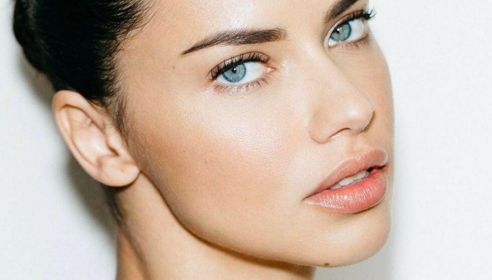 VAKKER: Adriana Lima har jobbet som modell siden hun var 15 år gammel – et yrke som utvilsomt passer brasilianeren. FOTO: NTB Scanpix