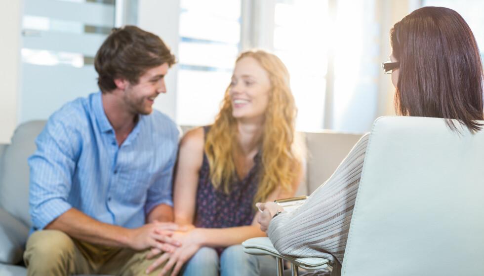 KONSTRUKTIV DISKUSJON: Mange par som går i parterapi lærer å krangle på en konstruktiv måte, og har fokus på sak og ikke person i konfliktene. FOTO: NTB Scanpix