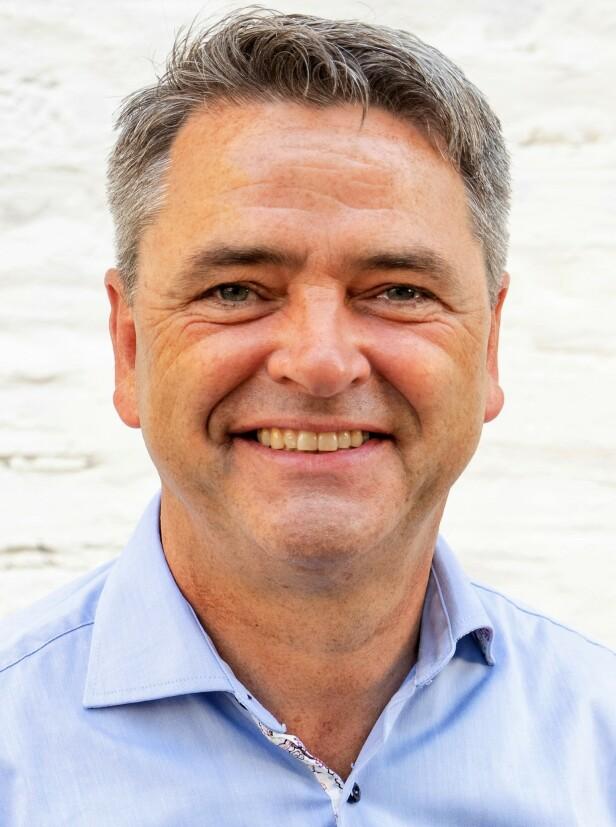 KKs økonomiekspert Magne Gundersen gir deg gode tips for å gjøre julekalenderen billigere. FOTO: Sparebank1