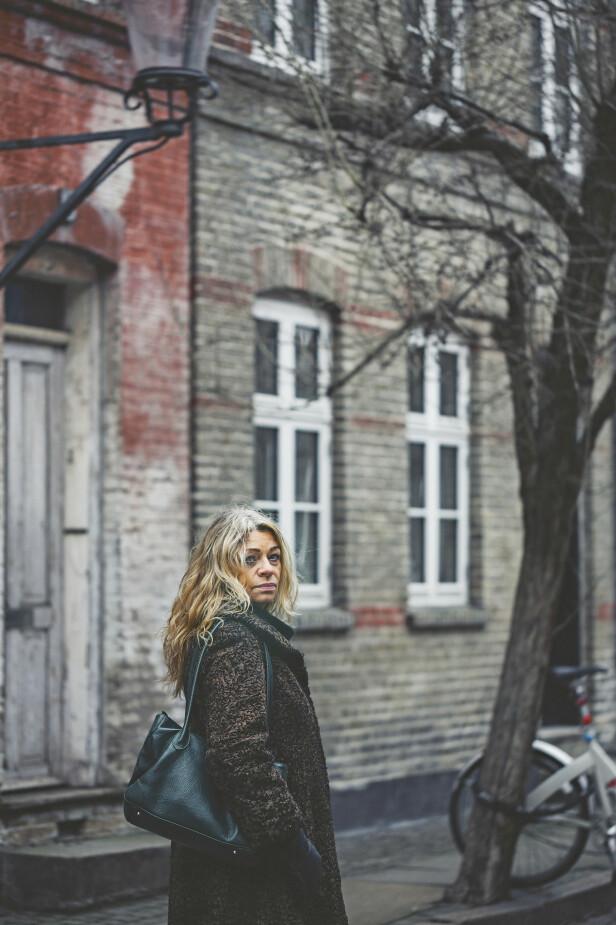 – Etter at det hadde gått en stund, fikk jeg følelsen av at det var taperaktig å fortsette å sørge, sier Anna. FOTO: Camilla Stephan