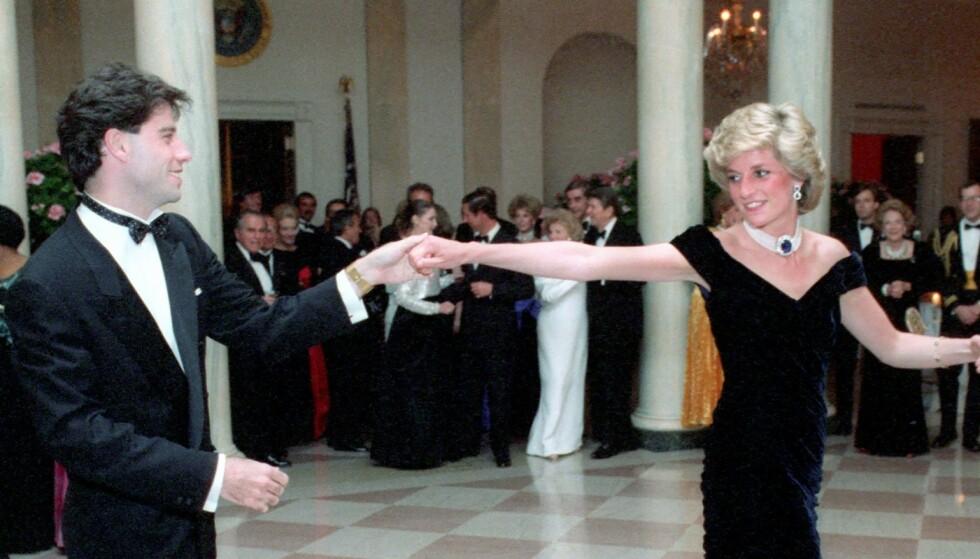 Den ikoniske Travolta-kjolen til prinsesse Diana er til salgs