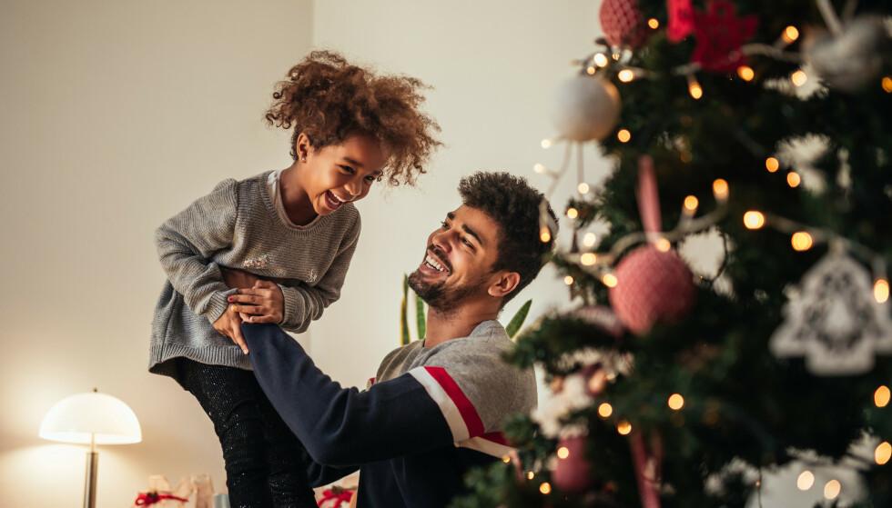 TID SAMMEN: Det aller viktigste du kan gi barna dine er kvalitetstid, støtte og omsorg - ikke dyre gaver. FOTO: NTB Scanpix