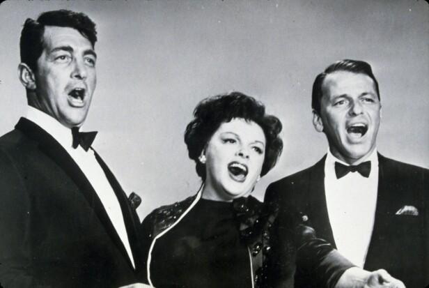I 1956 opptrådte Dean Martin og Frank Sinatra sammen med Judy. FOTO: NTBScanpix