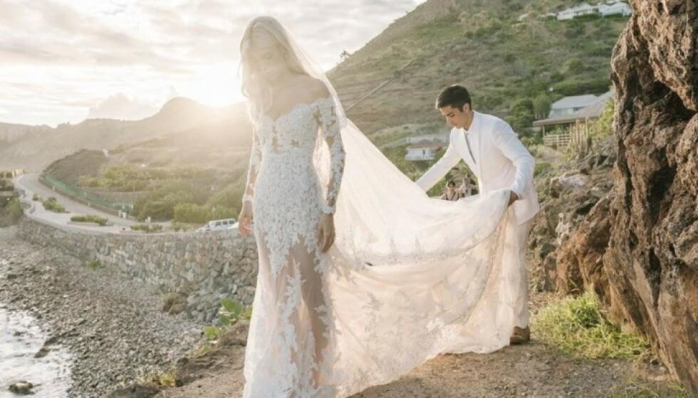 STRÅLER: Modellen Devon Windsor giftet seg i nydelige omgivelser på St. Barths i år. Foto: Skjermdump fra Instagram