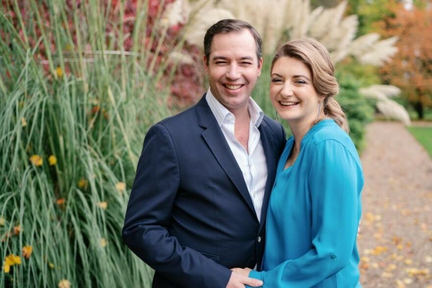 GLADNYHET: Til våren blir kronprinsparet av Luxemburg blir foreldre for første gang. FOTO: Cour grand-ducale / Marion Dessard / Instagram