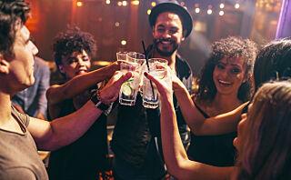 Blander du alkohol og energidrikker?