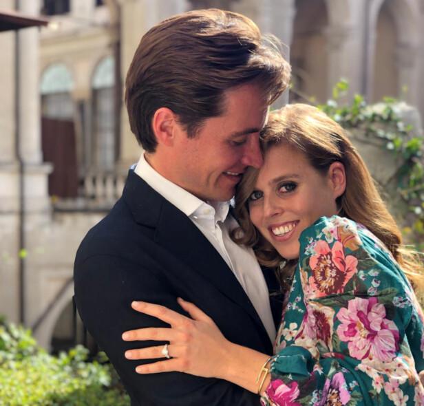 <strong>FORLOVET:</strong> I september fridde Edoardo Mapelli Mozzi til sin fem år yngre kjæreste prinsesse Beatrice på en romantisk tur til Italia. Bryllupet er ventet å stå å løpet av 2020. FOTO: NTB scanpix