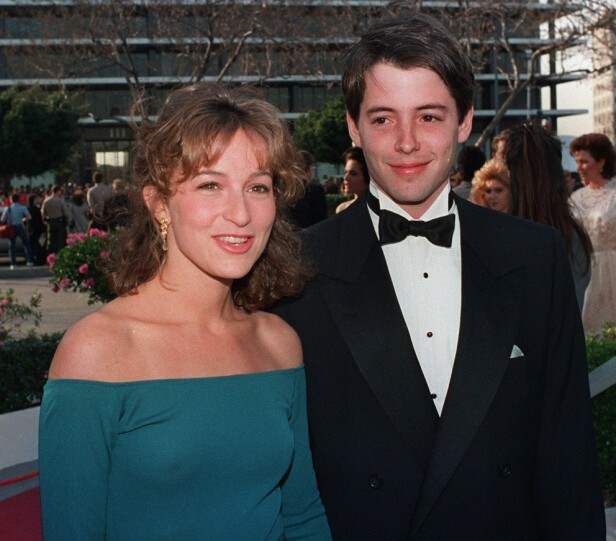 FUN FACT: Skuespiller Jennifer Grey på date med skuespiller Mathew Broderick i 1987 - samme året som Dirty Dancing kom ut. Han giftet seg siden med Sarah Jessica Parker, som ikke fikk rollen som Baby. FOTO: NTB scanpix