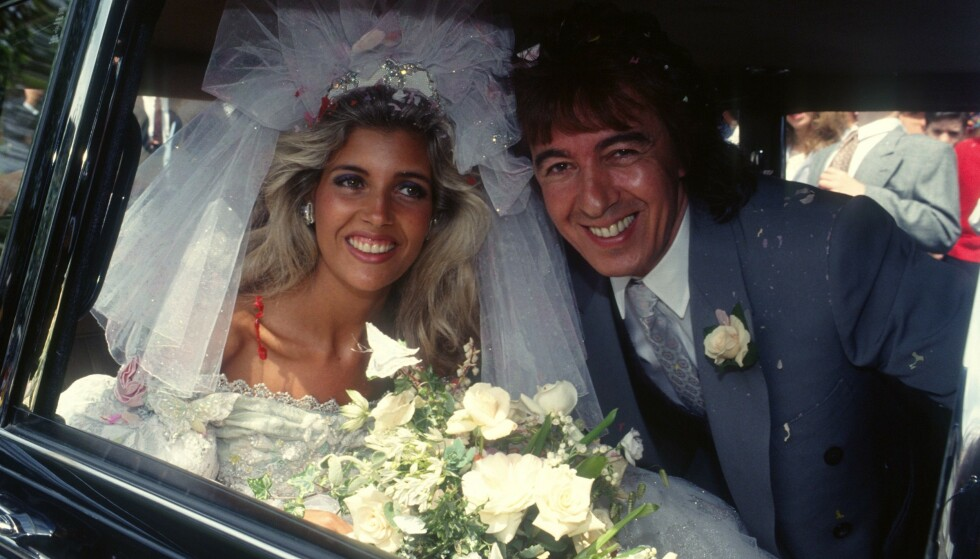 HAPPYILY EVER AFTER ...: Nygifte Mandy Smith (18) og Bill Wyman (52). To år senere var de skilt. FOTO: NTBScanpix.