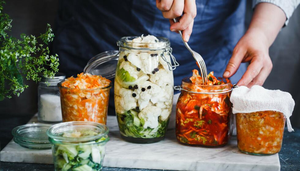 TAR TID: Den fermenterte maten vil utvikle mer smak, jo lengre den står.