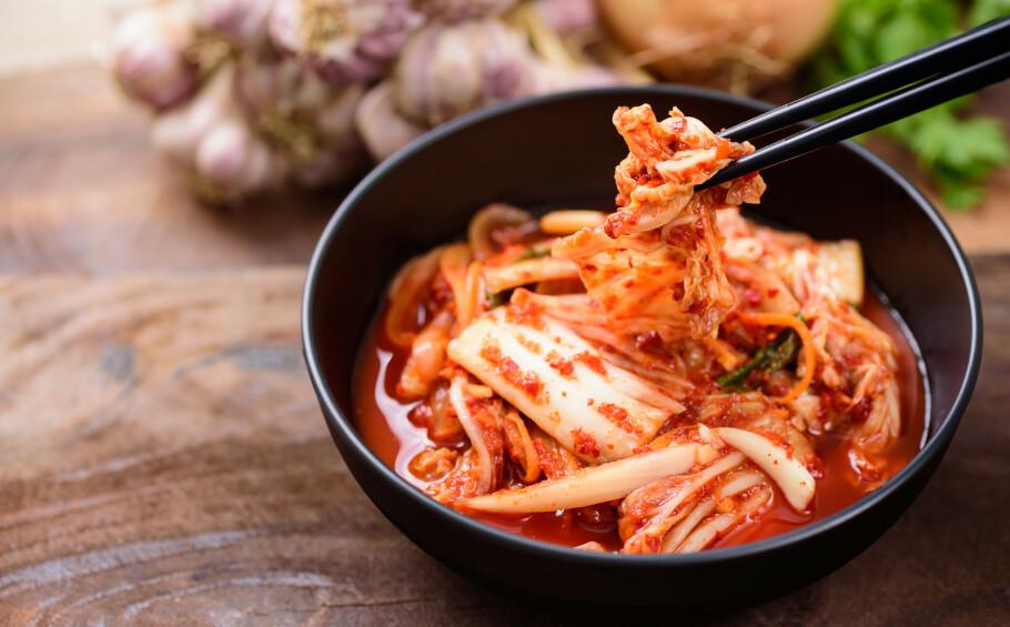FIBERRIK OG KALORIFATTIG: Kimchi er sunt, og har ifølge ekspertene en rekke helsefordeler. FOTO: NTB Scanpix