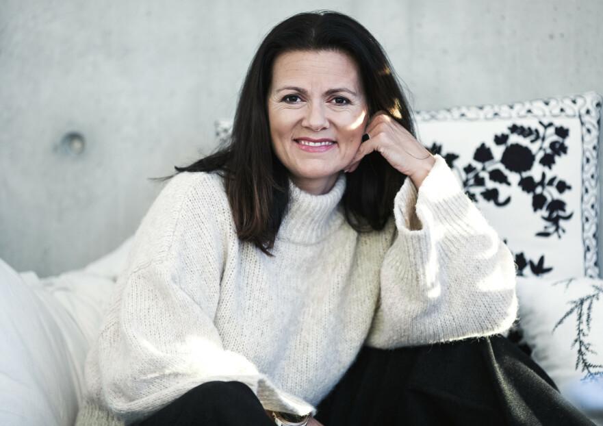 SKIMAMMA: Elisabeth Klæbo er moren til verdens beste skiløper - noe som krever mye jobb også utenfor skisporet. Hennes største utfordring er likevel å vie like mye oppmerksomhet til alle tre barna, ikke bare Johannes. FOTO: Astrid Waller