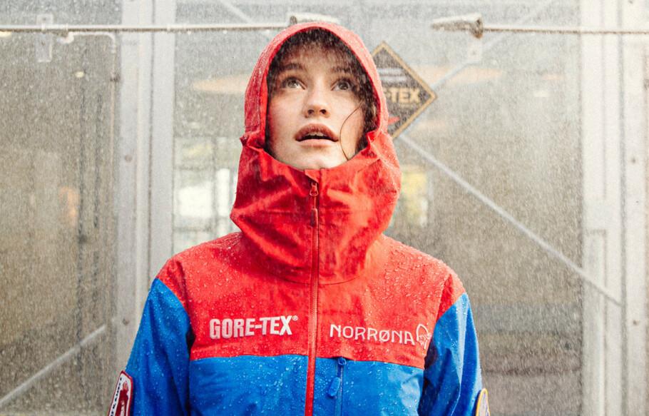 ÅPNER NEW YORK BUTIKK: Norrøna blir nabo med Prada i New York med sin nye butikk. Artisten har også designet sin egen anorakk for merket. Foto: Norrøna