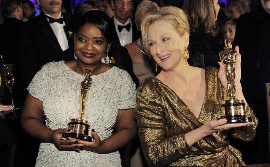 RØD LØPER-FAVORITTER: Både Octavia Spencer (t.v.) og Meryl Streep (t.h.) havner på listen vår med disse antrekkene fra Oscar-utdelingen. Foto: NTB Scanpix