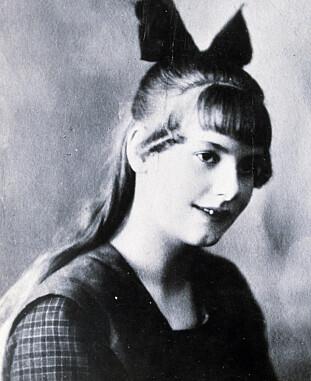 UNGE GARBO: Greta Lovise Gustafsson var det opprinnelige navnet hennes – hun vokste opp under fattige kår i Stockholm. Her 10 år gammel i 1915. (FOTO: NTB Scanpix)