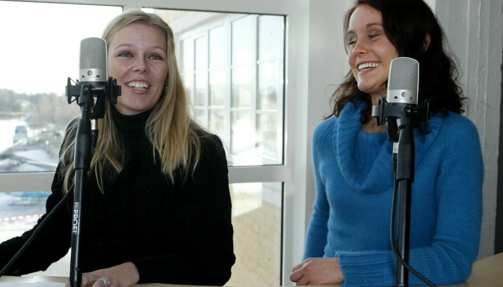 PÅ LUFTA: Annette under en pressekonferanse for Kanal 24, sammen med Marie Theisen. FOTO: NTBScanpix.