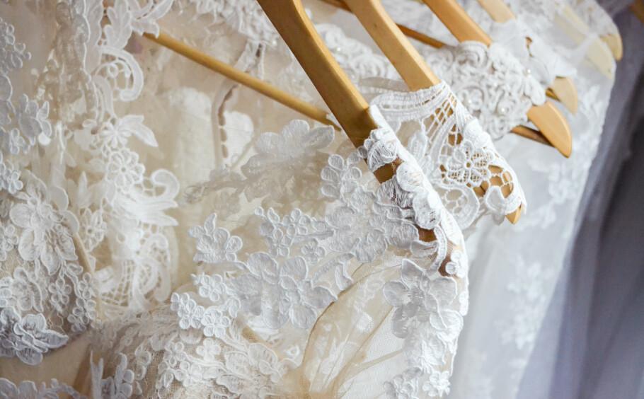 VIKTIG VALG: De aller fleste bruder er ute etter en brudekjole som er helt spesiell. FOTO: NTB Scanpix