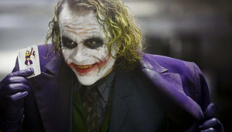 TIDLIG BORTGANG: Rollen som Joker i «Batman: The Dark Knight» ble Heath Ledgers siste. Skuespilleren ble bare 28 år gammel. FOTO: NTB Scanpix