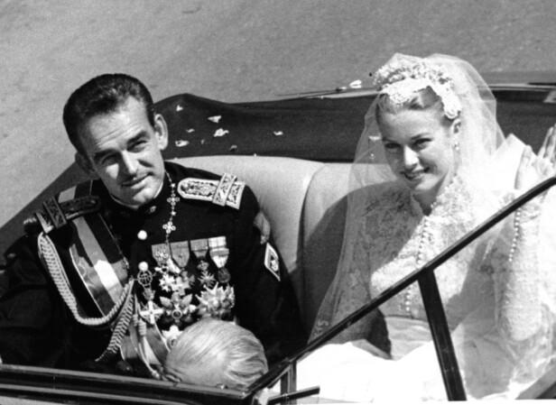 EVENTYR: En amerikansk filmstjerne som ble prinsesse. Mer romantisk kunne det knapt bli. Bryllupet mellom fyrst Rainier III og Grace Kelly i 1956 vakte oppsikt verden over. FOTO: NTB Scanpix