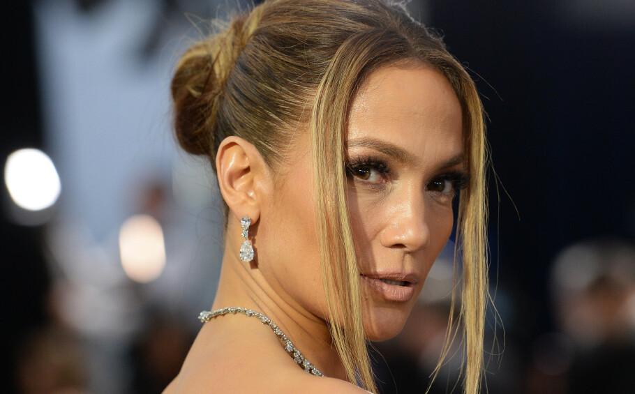 <strong>SAG AWARDS 2020:</strong> Jennifer Lopez på prisutdelingen med sin versjon av 90-talls frisyren. Foto: NTB Scanpix