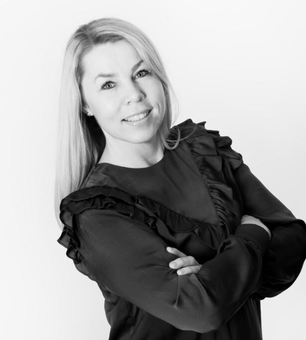 SNAKK SAMMEN: Ulla Aasland er skeptisk til å bruke løgndetektor i parforholdet. Foto: Presse