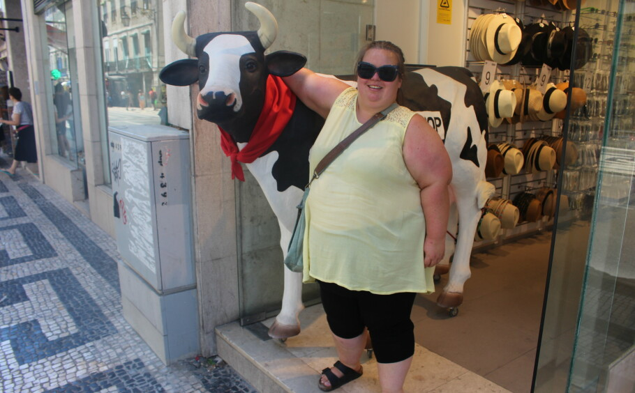 VANSKELIG: For Linn-Joan gjorde fedmen det vanskelig å bevege seg til slutt. Heldigvis klarte hun å ta grep. FOTO: Privat