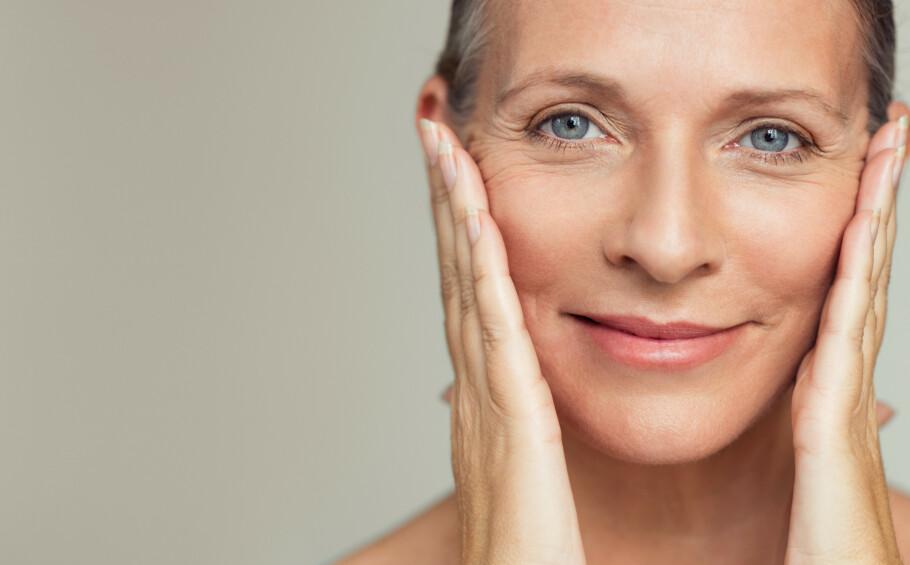 VOKSEN HUD: Eksperten deler sine beste tips til hvordan du kan sminke huden din. FOTO: NTB Scanpix