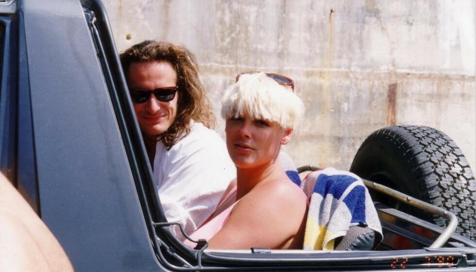 ALLE GODE TING ER TRE?: Brigitte og ektemann nummer tre, regissør Sebastian Copeland, på Malta i 1990. Paret skilte seg etter kun to år. FOTO: NTB Scanpix